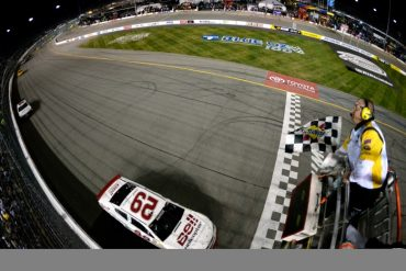 Kevin Harvick checkered flag