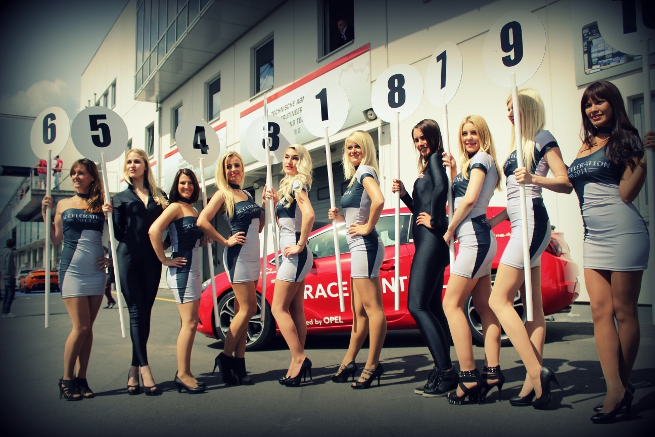 Acceleration GridGirls