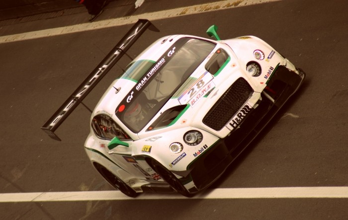 Bentley GT3 Pitlane