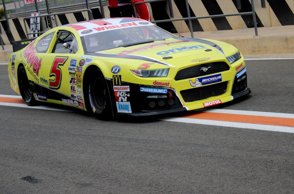 Ford Mustang Renauer