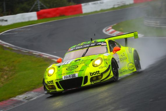 Manthey Porsche VLN5