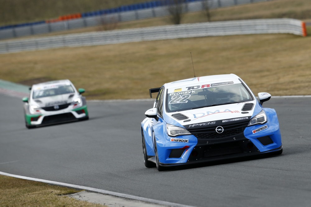 TCR Germany Opel Astra